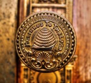The Lost Symbols of Freemasonry: The Beehive