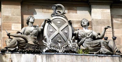 The coat of arms above the entrance to the Bank of Scotland.